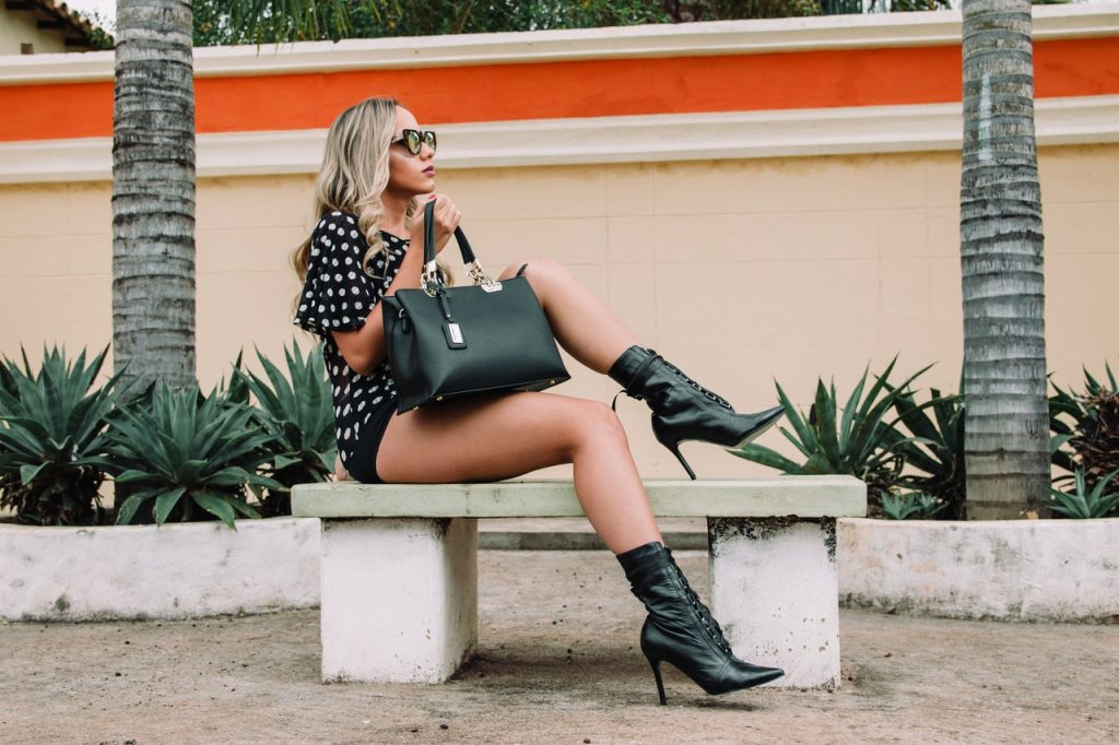 find a photographer for your fashion blog